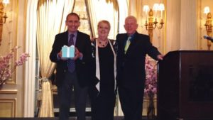 Honoree Murray Rosenthal, Opera Index President Jane Shaulis & Presenter Philip Hagemann Photo by Judy Pantano